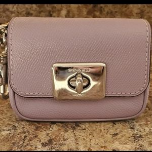 **PRICE IS FIRM **Coach Keychain Wallet